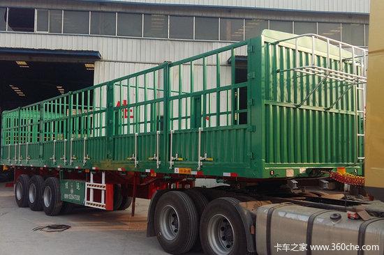 梁山长虹  13米  2.55米宽  轻量化  对开门  仓栏式半挂车  (自重6吨)